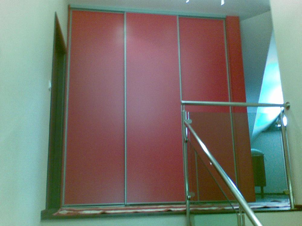ciastocne-vstavana-skrina-dekor-cinska-cervena